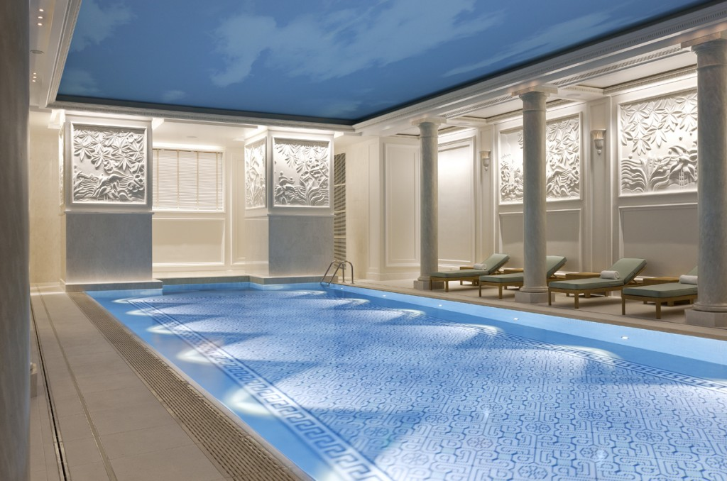 A Fresh Dive In The Shangri La Swimming Pool Paris Select