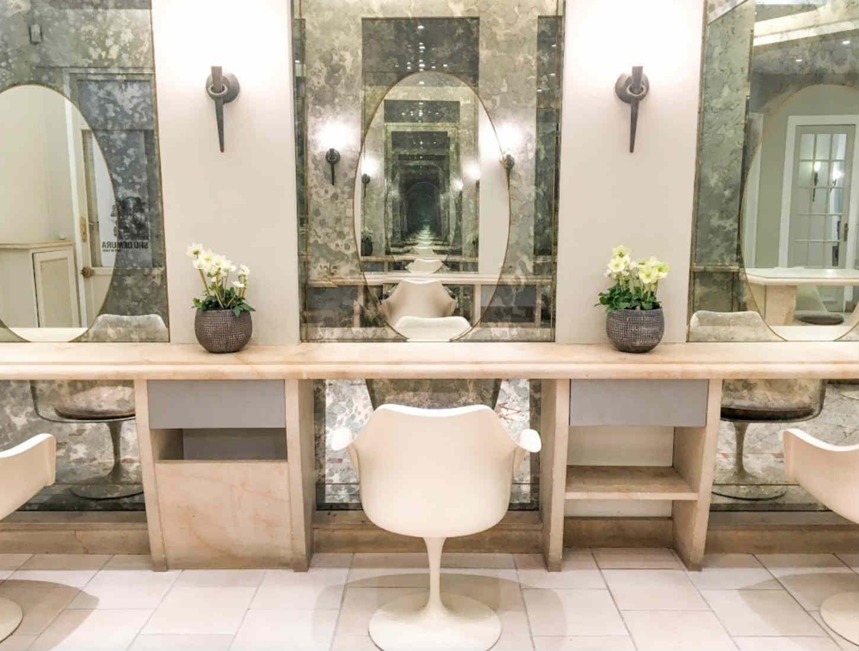 paris select book le guide chic des tendances parisiennes. Black Bedroom Furniture Sets. Home Design Ideas