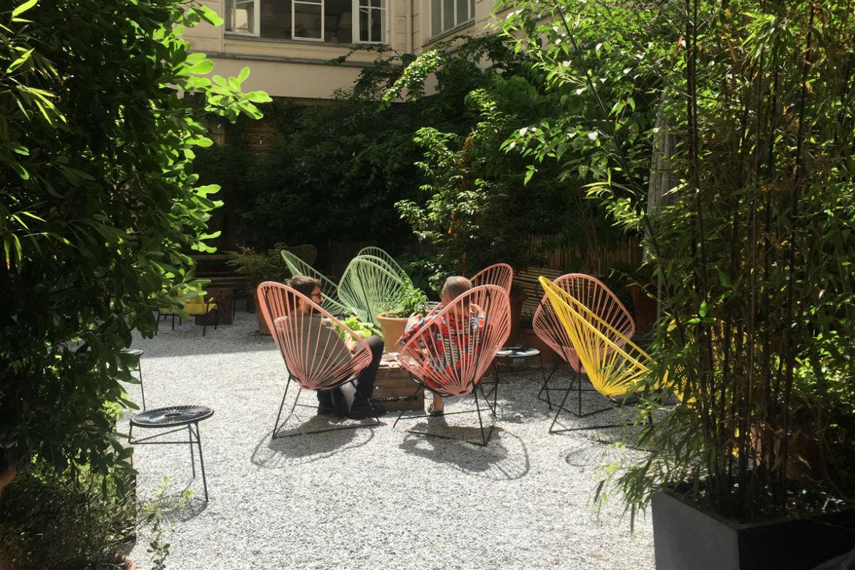 la douce r volution du quartier du sentier paris select. Black Bedroom Furniture Sets. Home Design Ideas