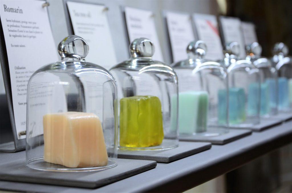 Les plus beaux savons offrir no l paris select - Le comptoir des savonniers ...