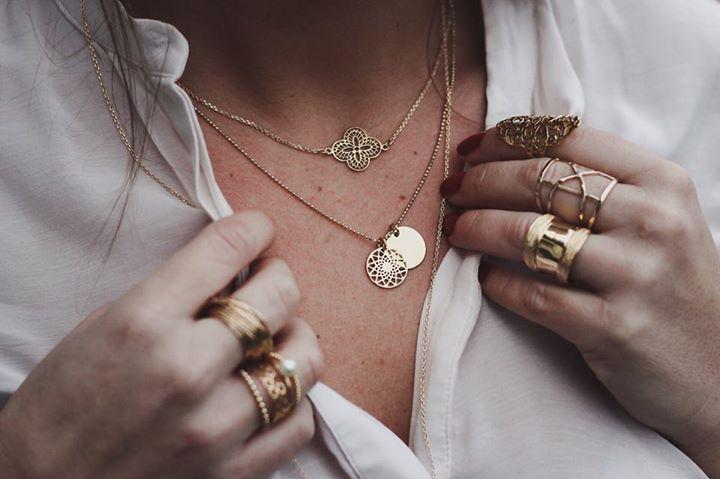 obtenir de nouveaux design intemporel Style magnifique LOU.YETU, la marque de bijoux qui affole les Parisiennes ...
